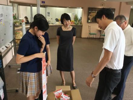 品川女子学院文化祭フードドライブ3